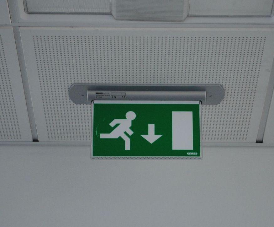 Apparecchi di illuminazione di emergenza nuova norma cei en